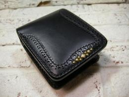 【手縫い】 Medallion short wallet (Black)